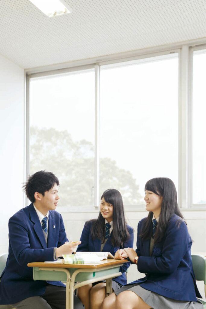 湘南工科大学附属高等学校 平成30年度入試向けパンフレット表紙